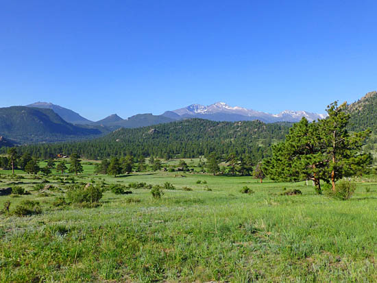 Looking south across the meadows of MacGregor Ranch on the Twin Owls Loop