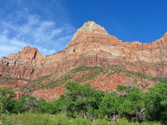 The east wall of Zion Canyon
